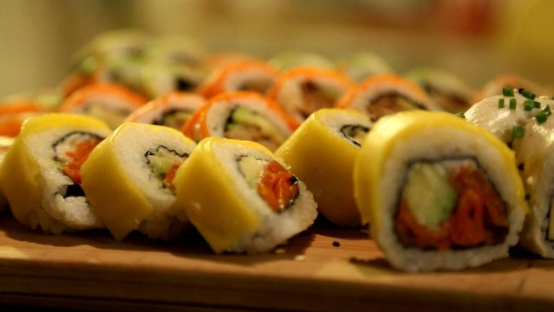 #CómoLoHizo: Dos amigos triunfan en el mundo del sushi con recetas veganas