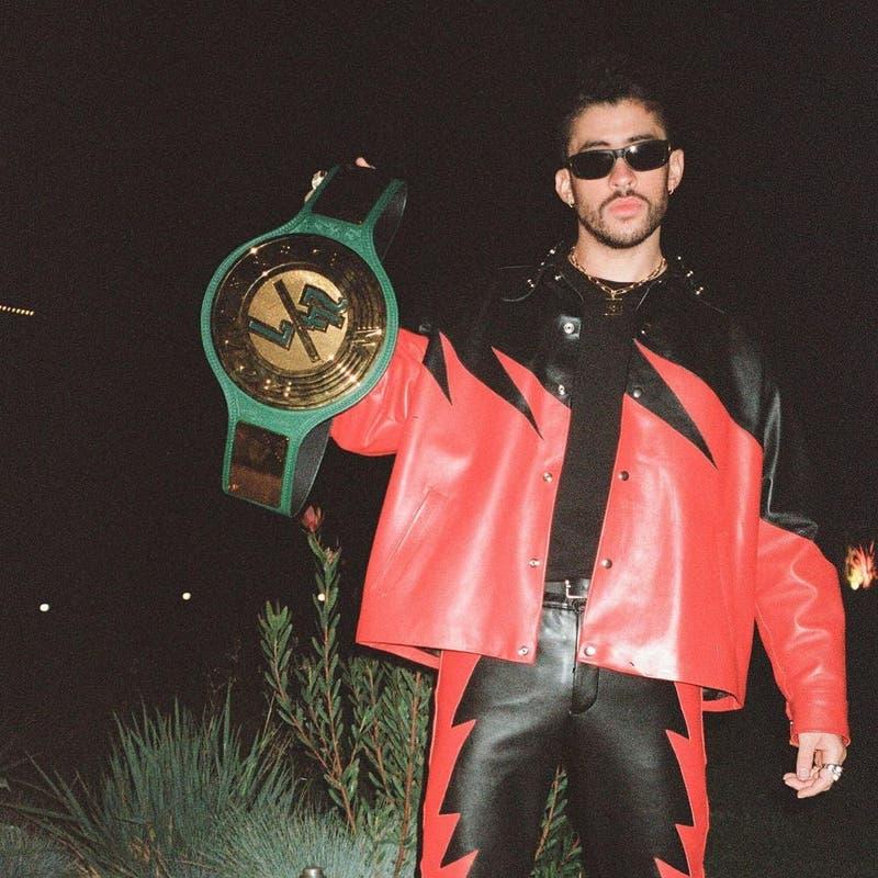 Estrella de la WWE llenó de elogios a Bad Bunny