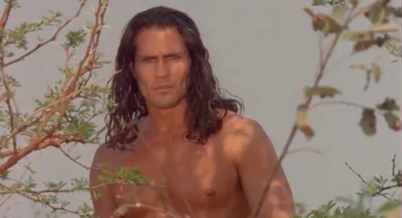 Muere Joe Lara, el famoso actor que interpretó a Tarzán, en trágico accidente de avión