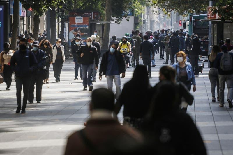 INE: Desempleo nacional llegó al 12,2% en trimestre febrero-abril
