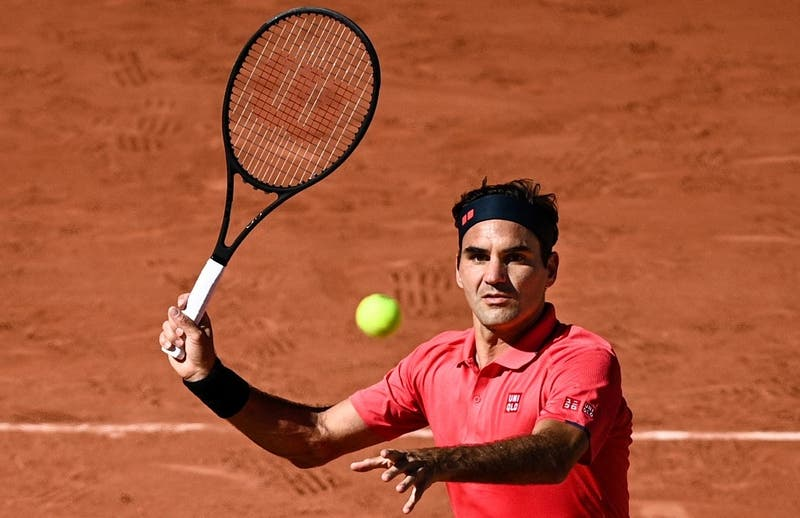 Roger Federer debuta en Roland Garros con una cómoda victoria sobre Denis Istomin