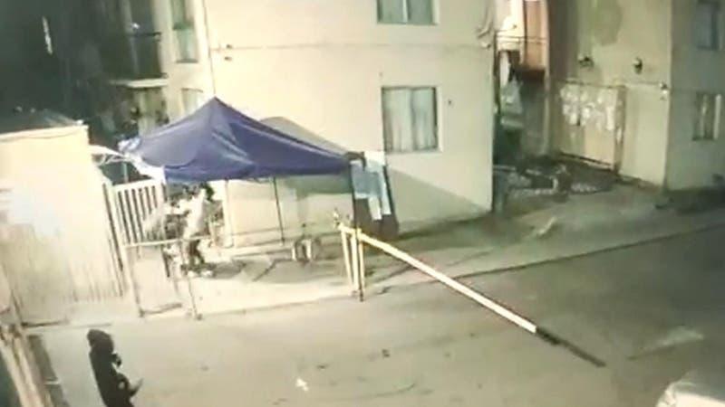 """Vecinos indignados cortaron la luz a """"fiesteros"""" en Quilicura"""