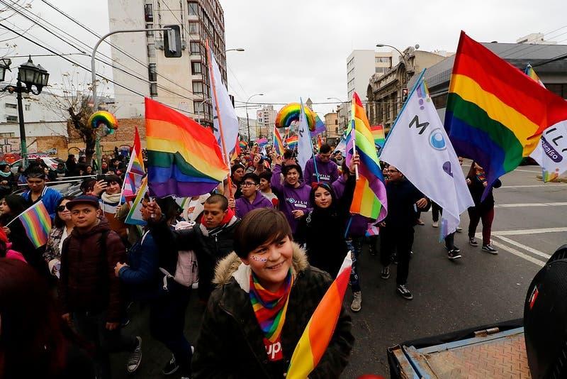 Presidenciables de ChileVamos respaldan matrimonio igualitario: Kast dice que se defraudó a votantes