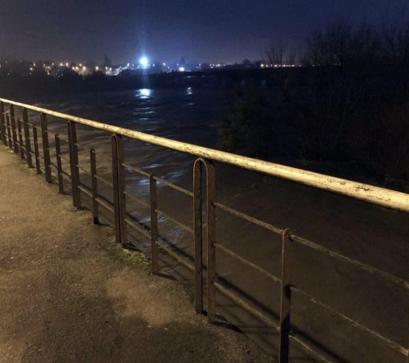 Onemi decreta alerta roja para tres comunas de La Araucanía por amenaza de desborde de río Cautín