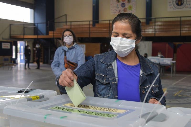Comisión despacha a la sala de la cámara proyecto que repone el voto obligatorio