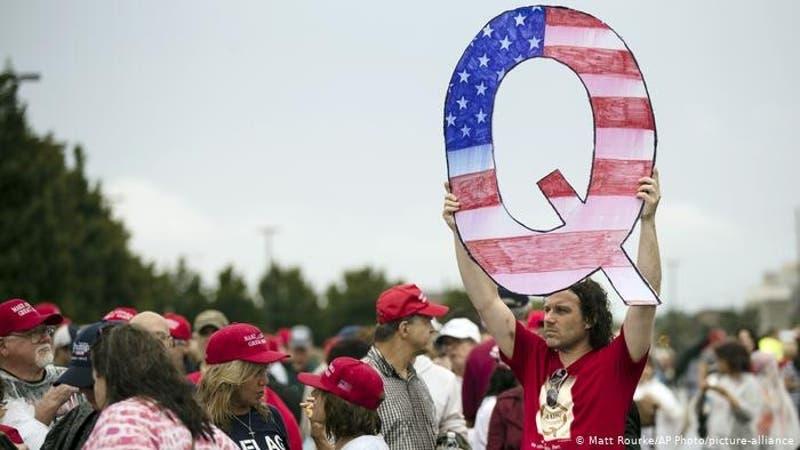 Estudio indica que las personas conservadoras son más proclives a creer en información falsa