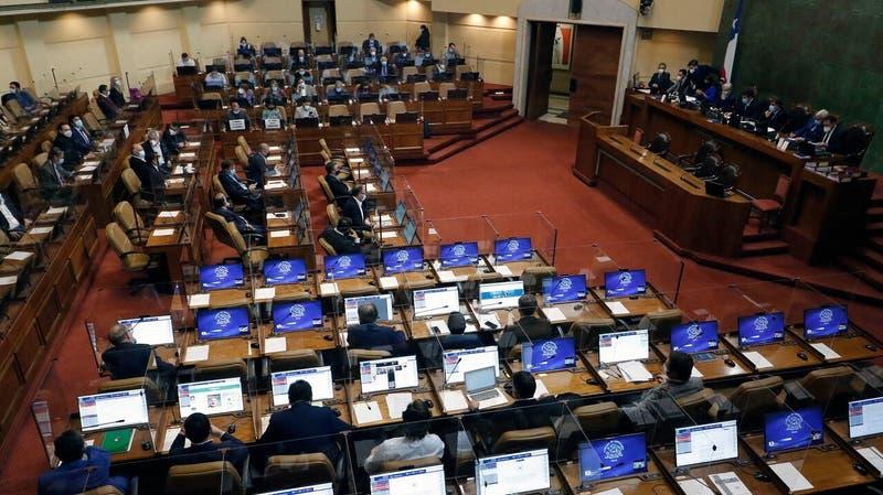 Cámara despacha IFE Universal  al Senado con aumento de montos y extensión hasta septiembre