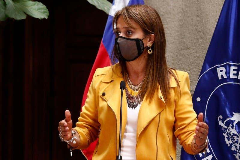 """Van Rysselberghe y Gobierno de Piñera: """"Ojalá termine luego"""""""