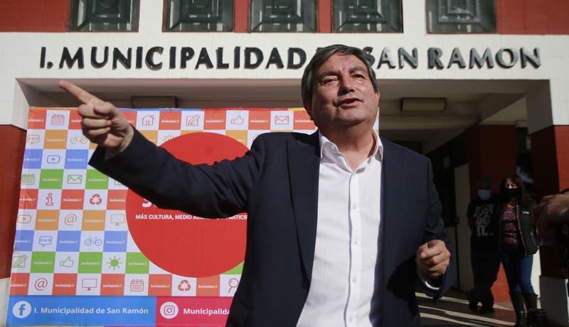 Millonarios pagos: Ex colaboradores de alcalde de San Ramón detallaron irregularidades en municipio