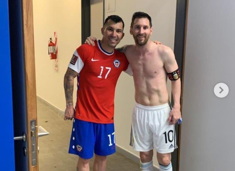 """Gary Medel supera su conflicto """"con el extraterrestre"""" Lionel Messi y sube foto a Instagram"""