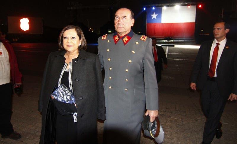 Fijan formalización de esposa de general (r) Fuente-Alba por lavado de dinero