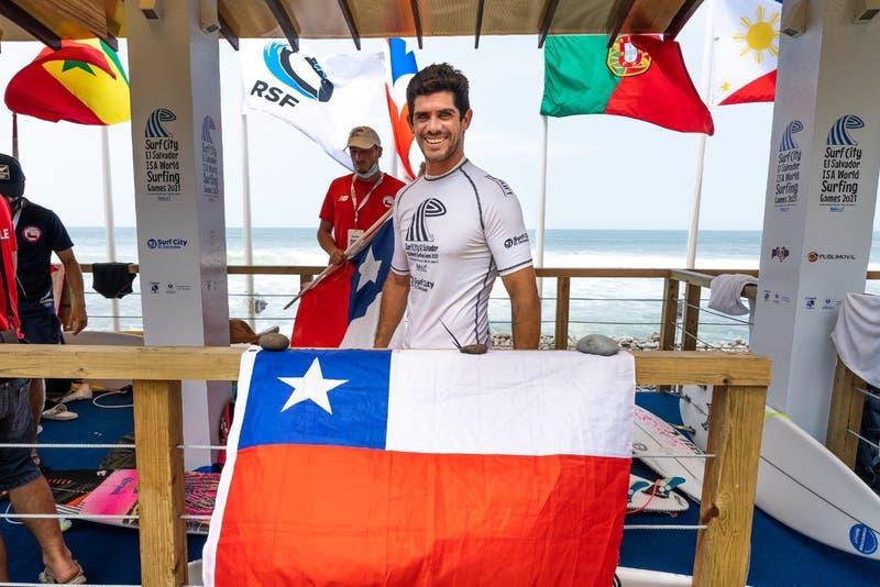 El surf chileno dirá presente en los Juego Olímpicos: Manuel Selman aseguró cupo en Tokyo