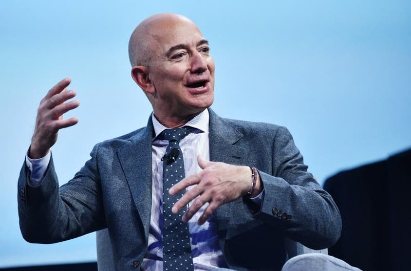 Jeff Bezos se unirá al primer viaje de turismo espacial de Blue Origin