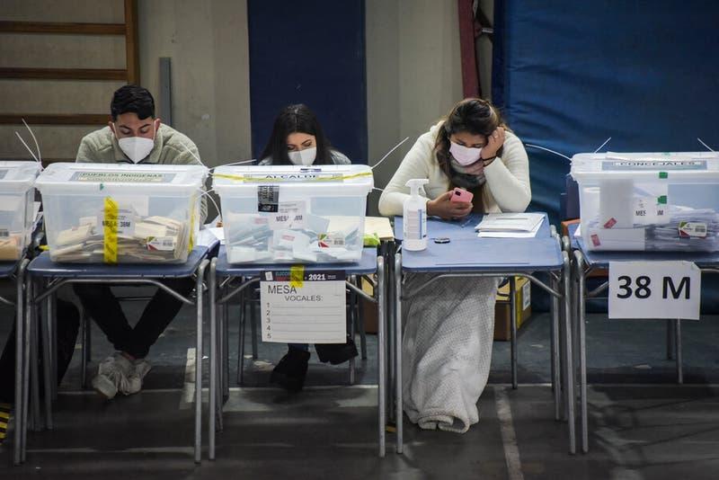 Vocales de mesa para segunda vuelta de gobernadores: Revisa si debes cumplir este domingo