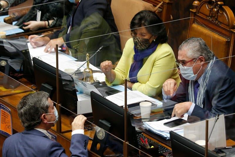 """""""Mínimos comunes"""": Senado aprueba proyecto de ayudas a las pymes y pasa a la cámara"""