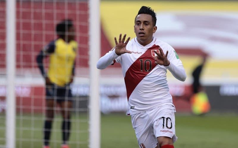 Perú sorprende a Ecuador en Quito y logra su primera victoria en las Clasificatorias Qatar 2022