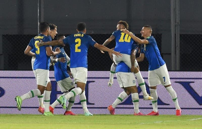Brasil rompe con 36 años y vence a Paraguay como visitante por las Clasificatorias a Qatar 2022