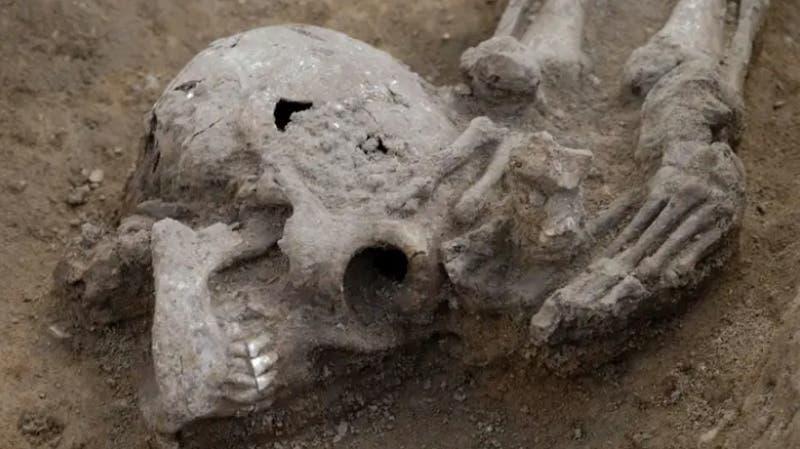 Descubren 17 cuerpos decapitados en un antiguo cementerio romano