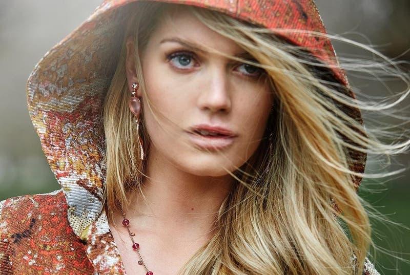 Kitty Spencer, la sobrina modelo de Lady Di que es muy parecida a ella y triunfa como influencer