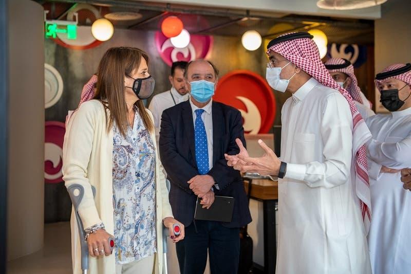 Senadora Van Rysselberghe se reúne con el canciller de Arabia Saudita