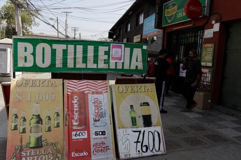 Funcionamiento de botillerías en cuarentena: ¿Quiénes pueden vender bebidas alcohólicas?