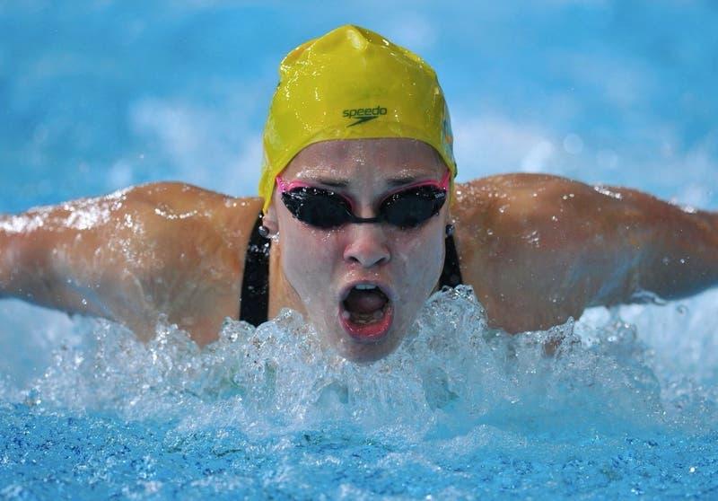 """Nadadora australiana se retira de eliminatorias olímpicas al denunciar a """"pervertidos"""" en el deporte"""
