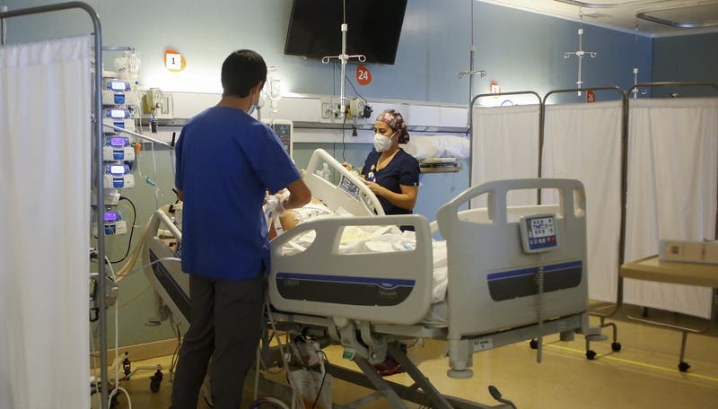 Chile registra 7.972 casos COVID-19 este viernes: muertes llegan a 133 en las últimas 24 horas