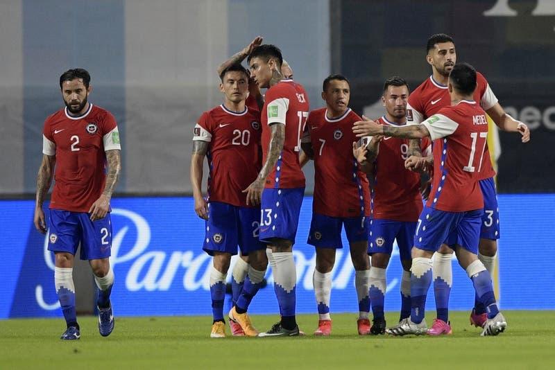 La Roja llega a Rio de Janeiro y se concentra para el duelo ante Argentina