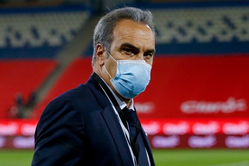 Lasarte aseguró que espera contar con Sánchez en la próxima fase si La Roja clasifica en el grupo