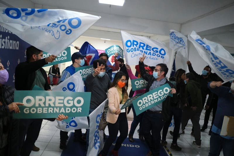 Detalle por comunas de la elección a gobernador en la RM: Orrego se impone en el sector oriente
