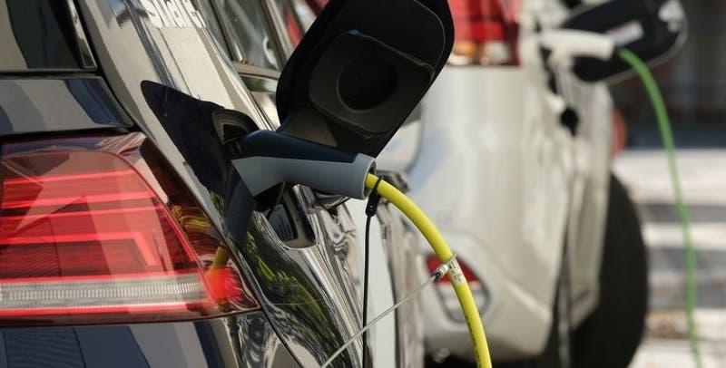 Corfo ofrece a empresas distribuidoras de la RM acceso gratuito a furgones y camiones eléctricos