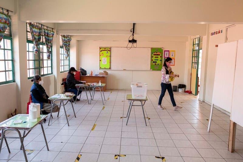 Diputados votarán este martes la reposición del voto obligatorio
