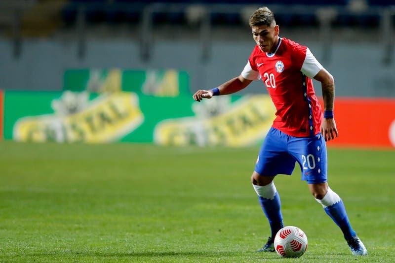 Carlos Palacios entre los titulares: la alineación confirmada de La Roja para debut en Copa América