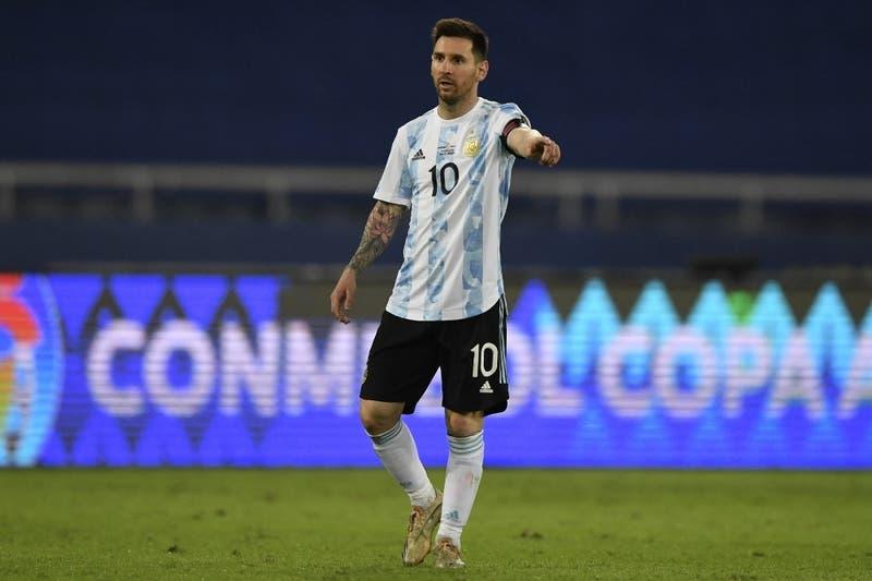 """Lionel Messi tras empate ante La Roja: """"El penal no lo veo, pero cambió el partido"""""""