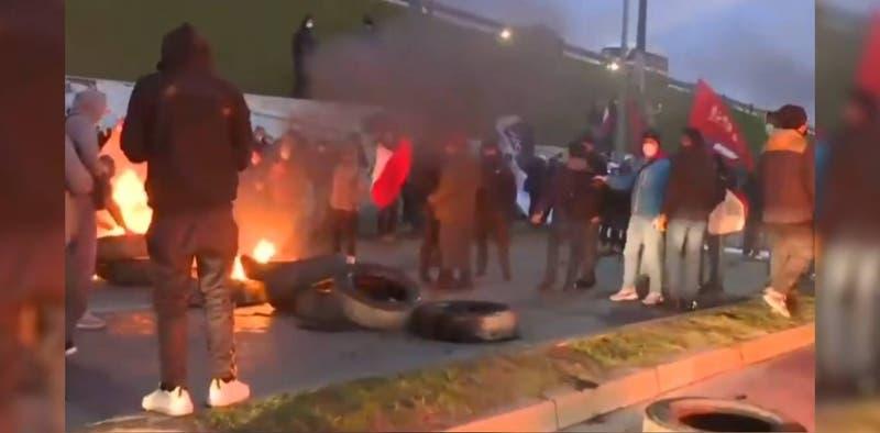 Manifestantes bloquearon ruta que une las comunas de Talcahuano y Concepción