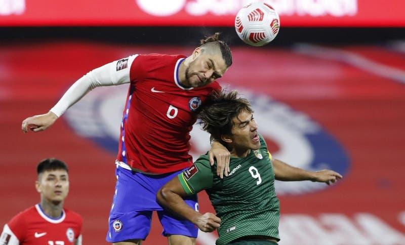 Se encendieron las alarmas: La Roja confirma lesiones de Francisco Sierralta y Carlos Palacios