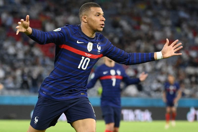 Francia muestra sus credenciales y debuta con una victoria sobre Alemania en la Eurocopa