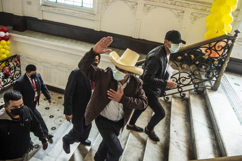 Fin del conteo en Perú: Castillo obtiene el 50,12% de las preferencias contra 49,87% de Fujimori