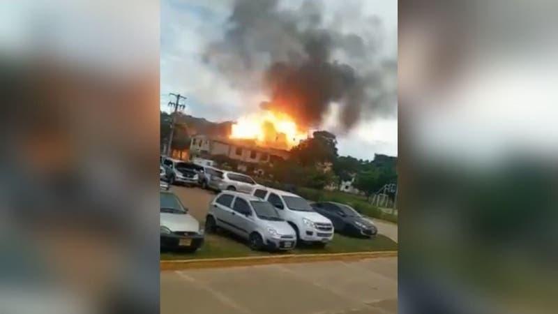 Vehículo explota dentro de recinto militar colombiano en Cúcuta