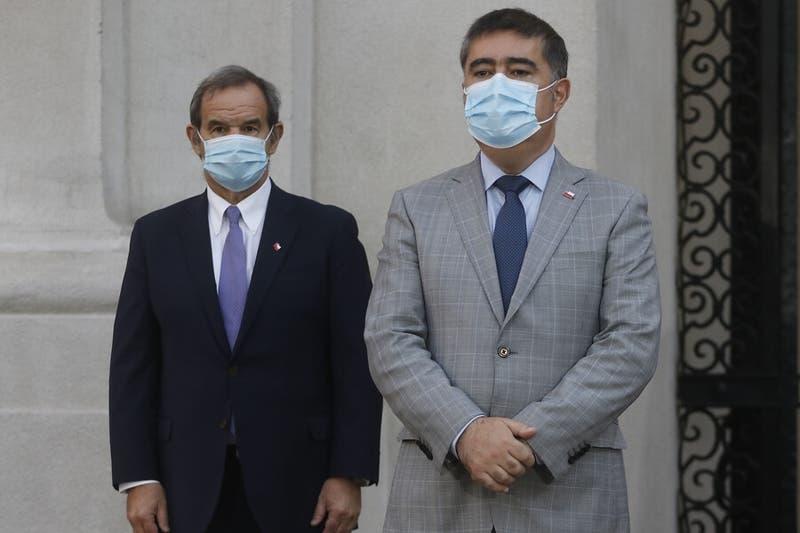 """Mario Desbordes acusa a canciller Allamand de hacer campaña contra él en """"horarios de oficina"""""""