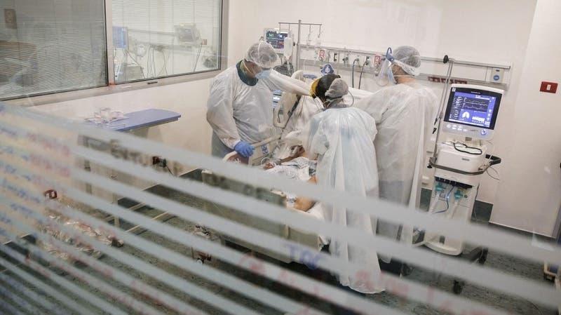 OPS pide endurecer restricciones contra el coronavirus en países de alta transmisión