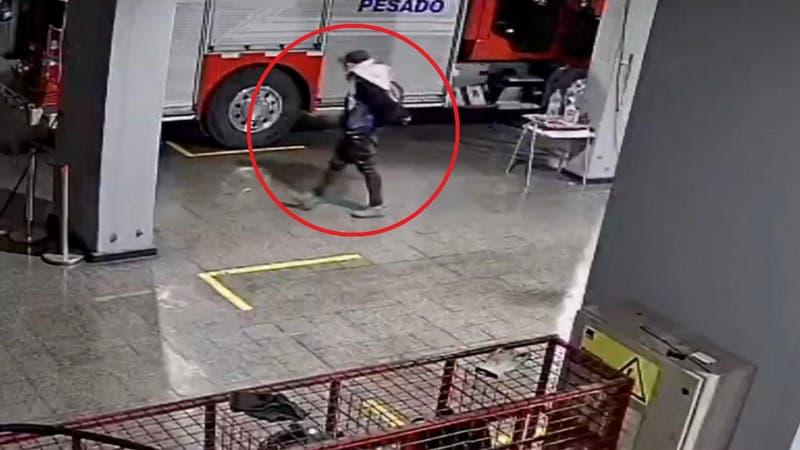 [VIDEO] Bomberos acudieron a una emergencia en Rancagua y entraron a robar al cuartel