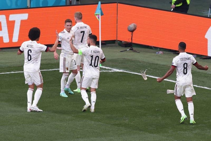 El gesto de respeto que hizo De Bruyne tras marcarla un golazo a la Dinamarca de Eriksen