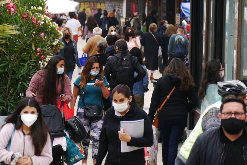 Chile supera 1,5 millones de contagios a 15 meses de la llegada del coronavirus