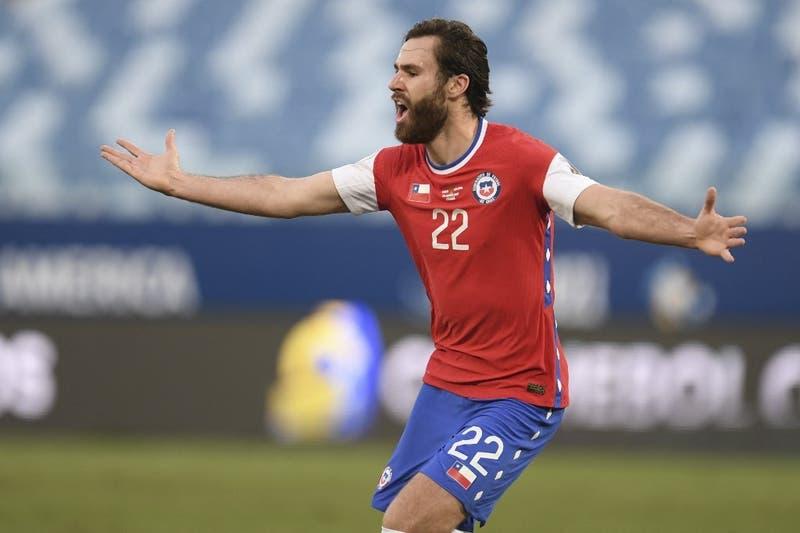 Brereton repite como titular: La alineación de La Roja para enfrentar a Uruguay en Copa América