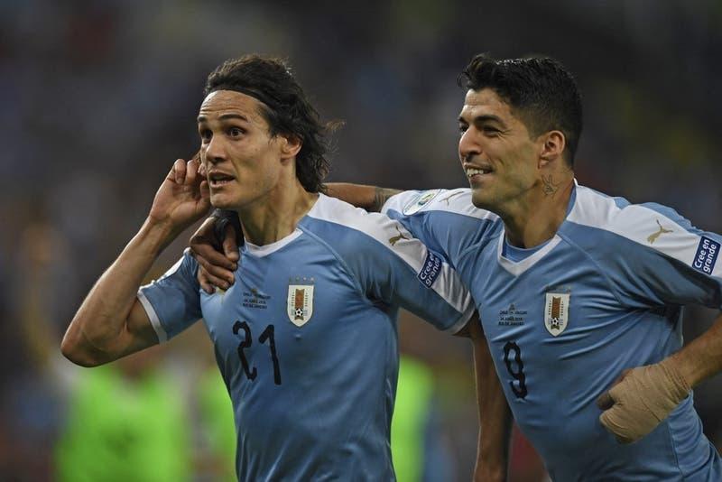 Suárez y Cavani amenazan a La Roja: Uruguay confirma alineación para duelo con Chile en Copa América