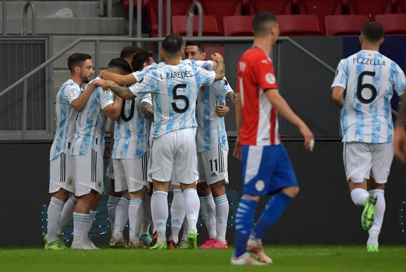 Argentina vence a Paraguay y se suma a los clasificados a cuartos de final de Copa América
