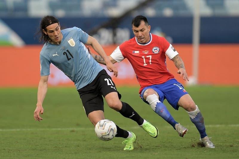 Quita y toca: la impecable labor de Medel en La Roja que lo sitúa entre los mejores de Copa América