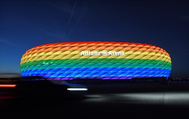 """Ministro de RR.EE alemán: UEFA envía """"mensaje equivocado"""" al prohibir colores arcoíris en estadio"""