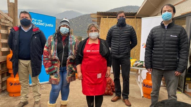 """TECHO-Chile lanza campaña """"Chile Comparte 2021"""": Qué contempla la iniciativa y cómo donar"""